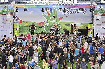 Über 20.000 Besucher kamen zum großen Festival4Family 2015 in die Frankfurter Commerzbank-Arena